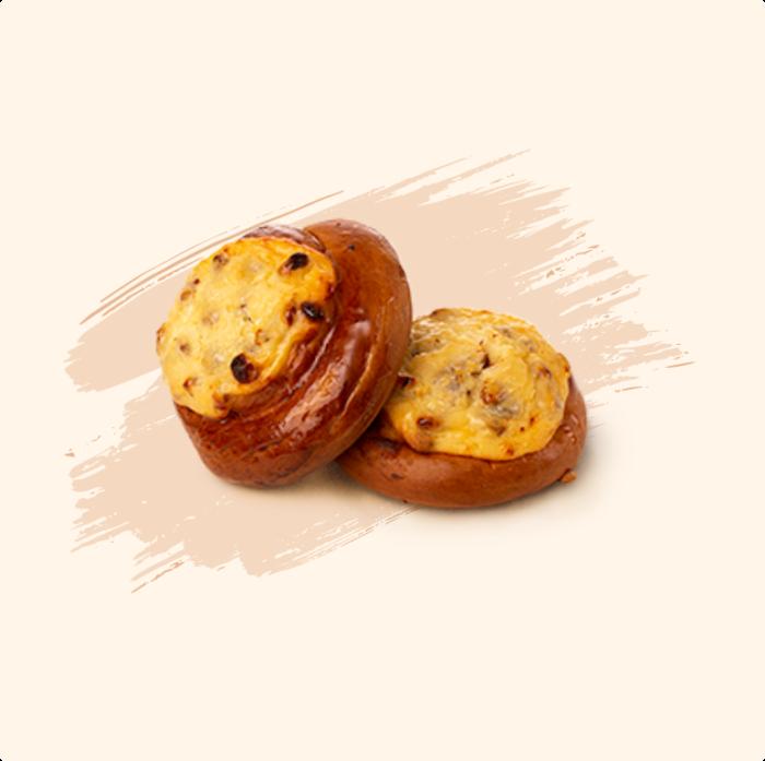 Băscuță cu brânză dulce și stafide